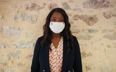Des masques transparents pour les personnels de crèches